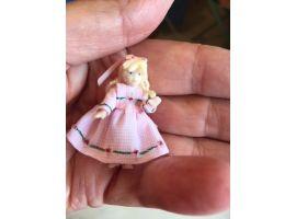 Poupée de poupée